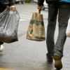 Montreal stores could be fined up to $4K for giving out plastic bags with new bylaw